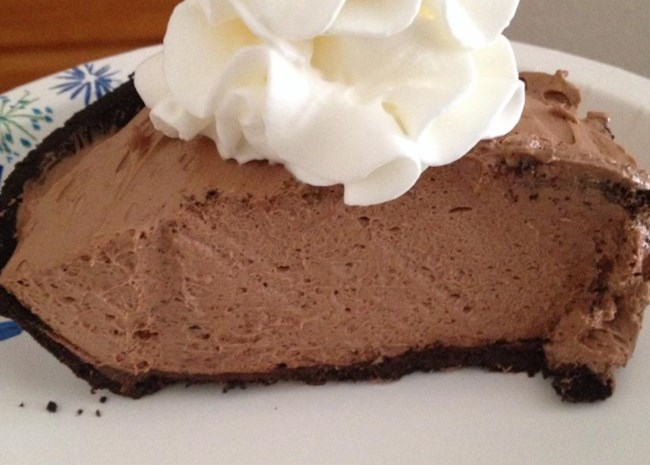 Easy, No-Bake Nutella(R) Pie