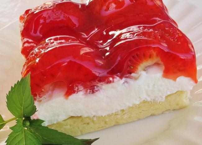 Annie's Strawberry Dessert