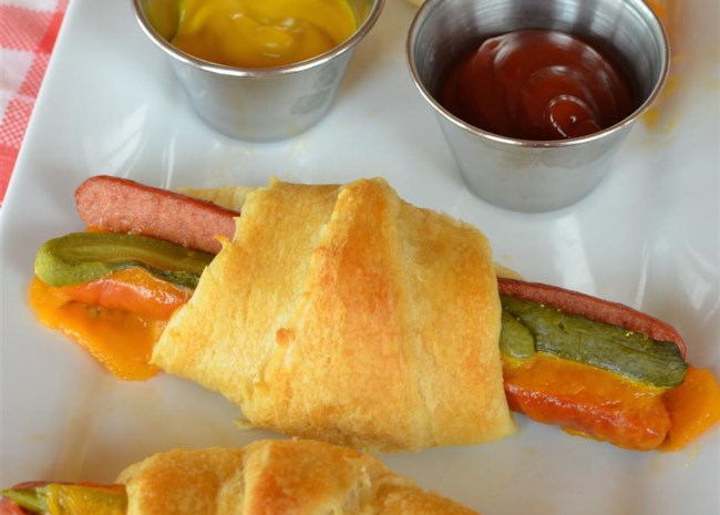Easy Cheesy Hot Dog Crescent Rolls