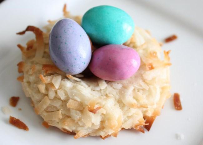 Almond Macaroon Nests