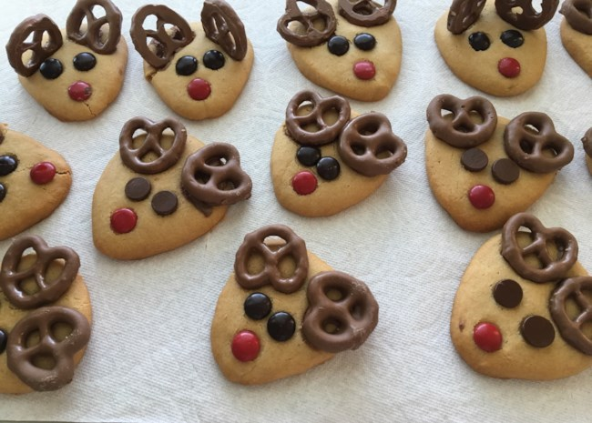 10 Easy Holiday Cookies to Make With Your Kids