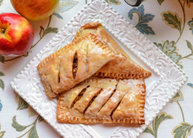 10 Easy Apple Treats for Lunch Boxes and After-School Snacks