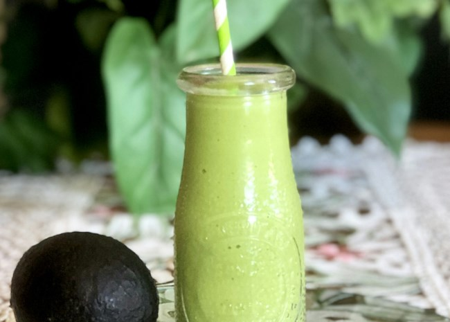 Keto Avocado-Spinach Smoothie