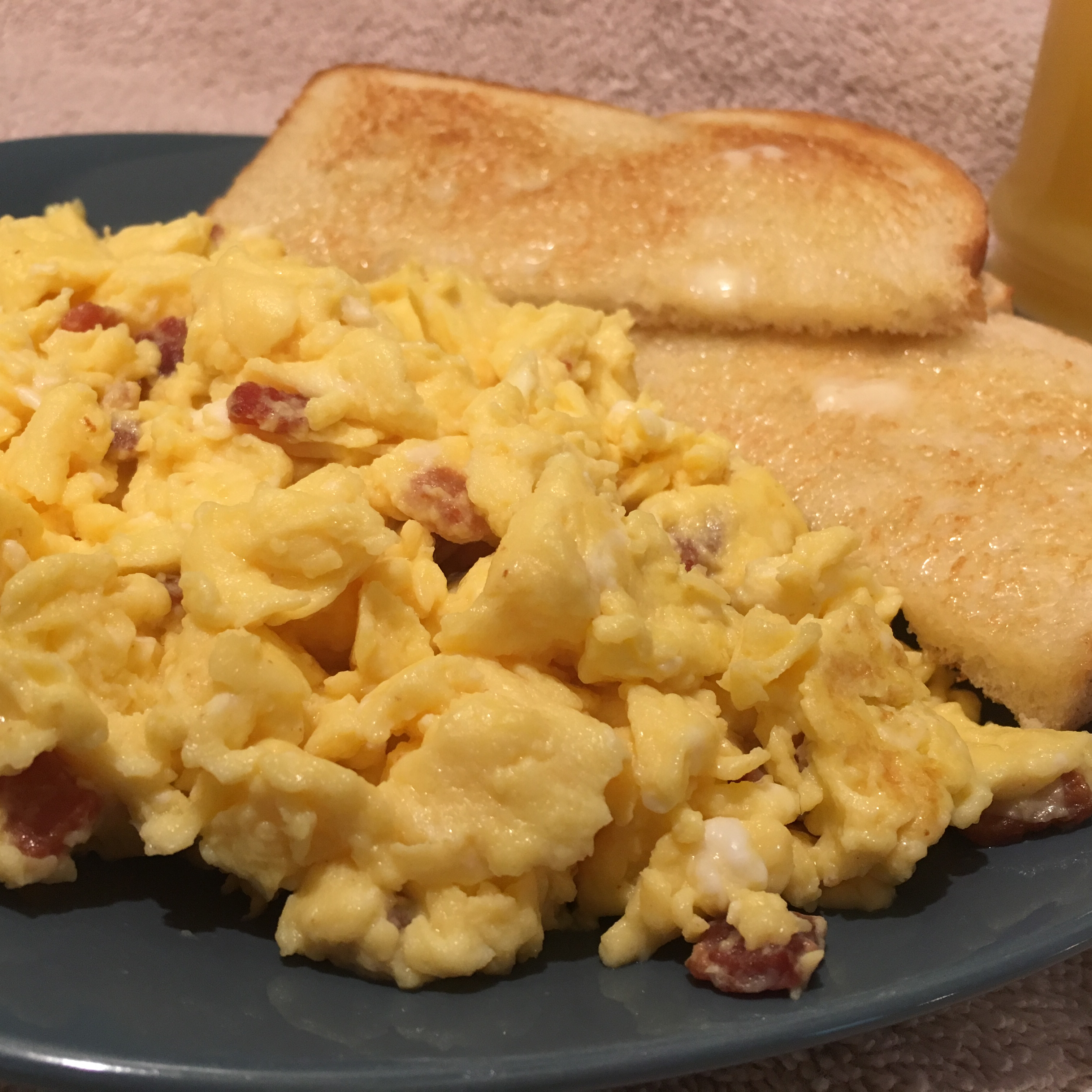 Ham And Avocado Scramble Recipe: Curry Cheddar Scrambled Eggs Recipe