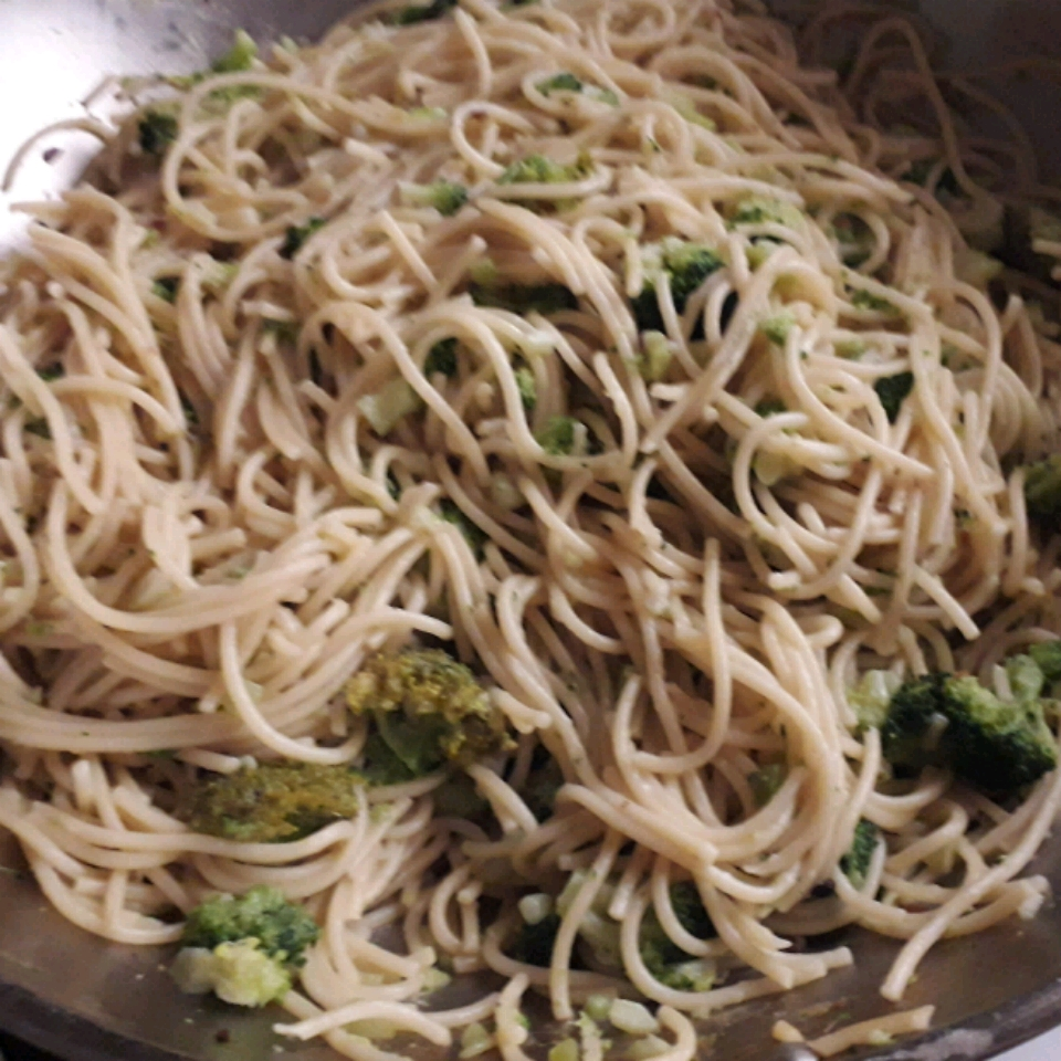 Broccoli Garlic Angel Hair Pasta Shauna