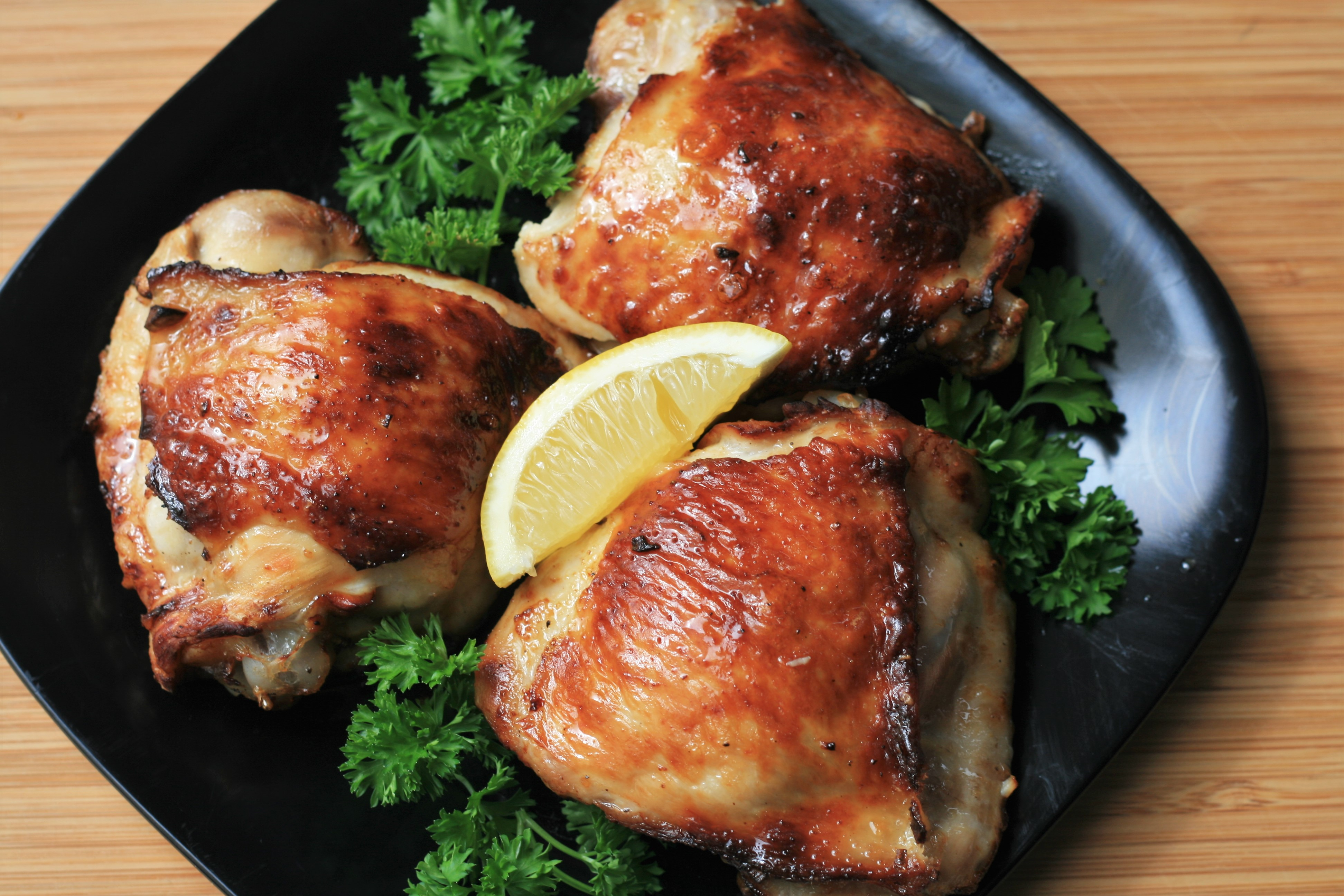 Keto Lemon-Garlic Chicken Thighs in the Air Fryer