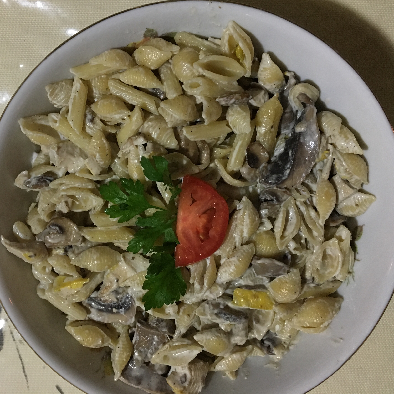 Easy Chicken Pasta Alfredo Parsa Kolaee