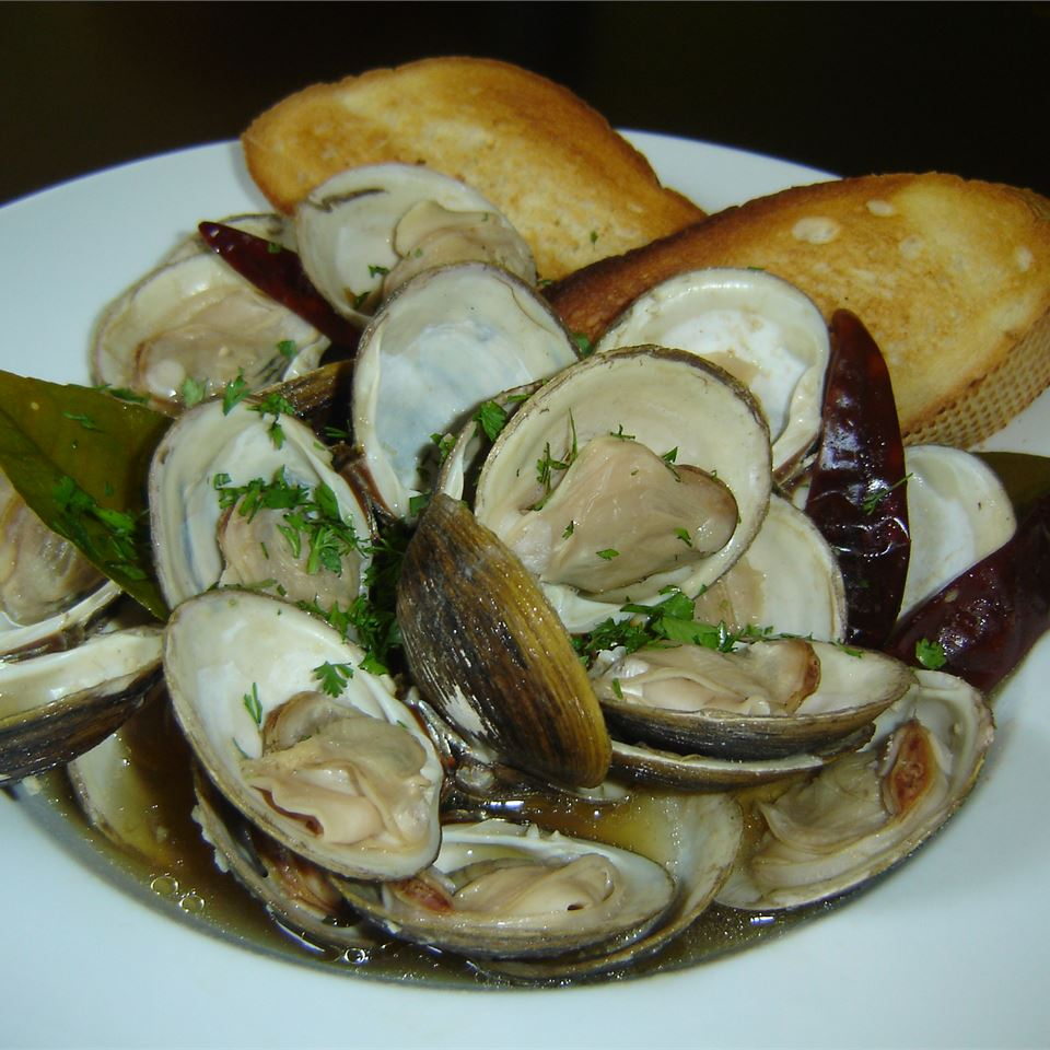 Clams in Oyster Sauce