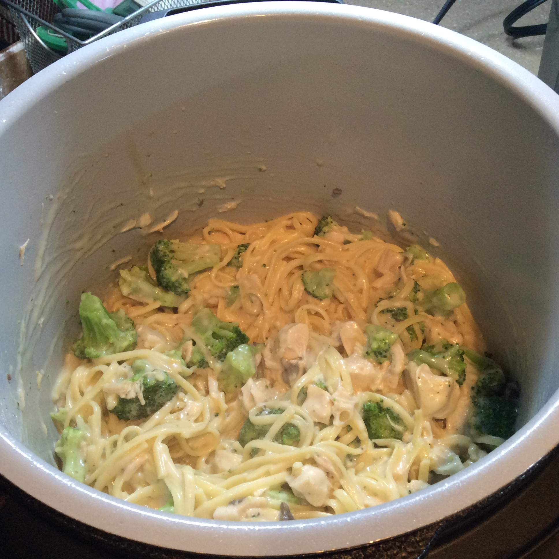 Chicken and Broccoli Alfredo Campbell's Kitchen