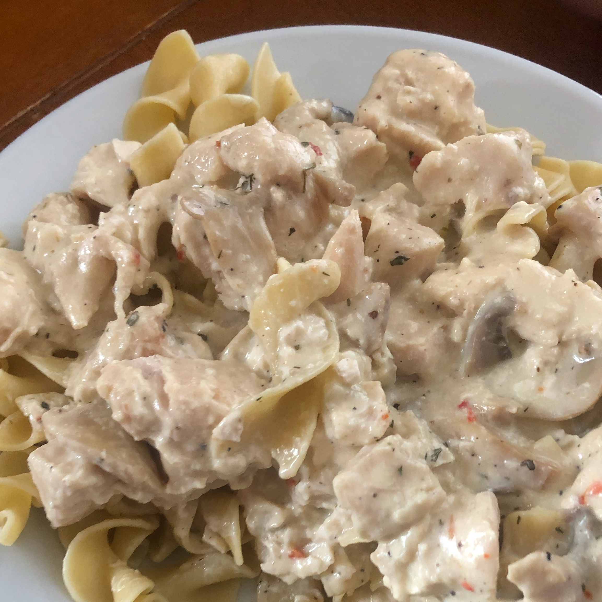 Slow Cooker Chicken Stroganoff TawnyLee