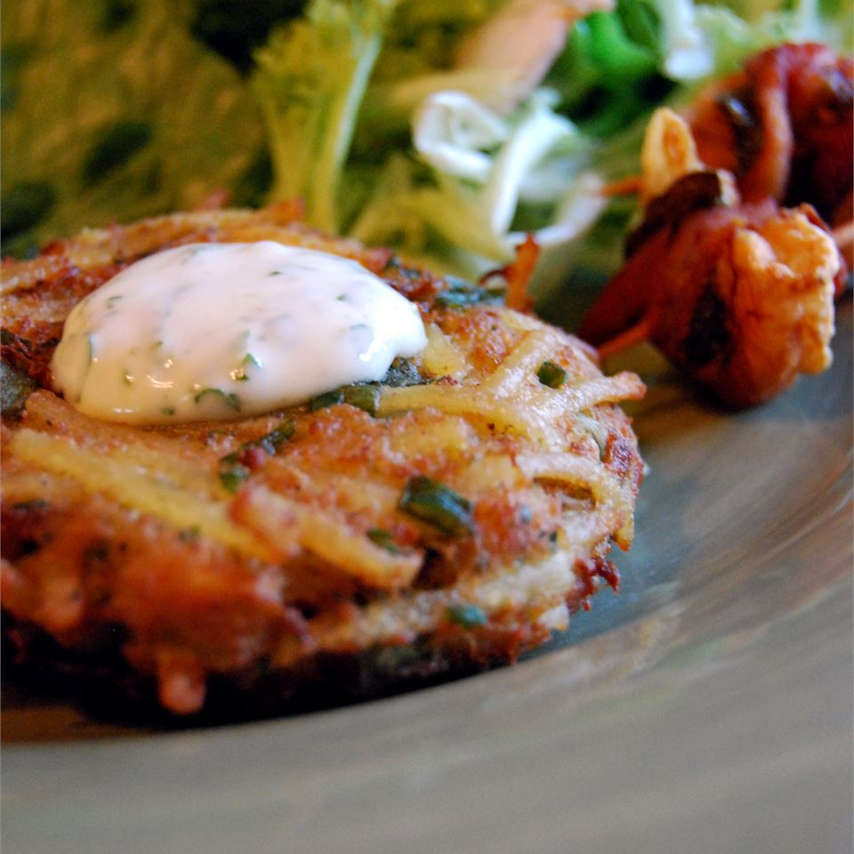 Crab and Noodle Cakes with Cilantro-Lime Mayonnaise image