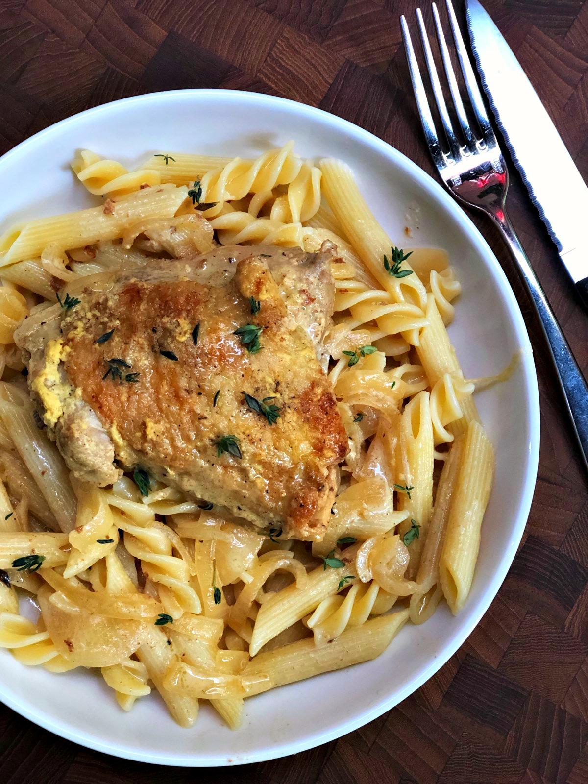 Poulet a la Moutarde (Chicken in Dijon Mustard Sauce)