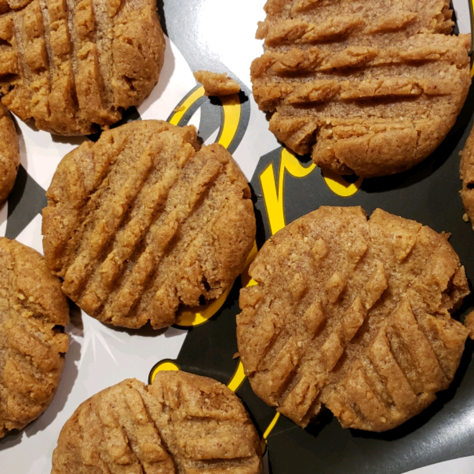 4-Ingredient Keto Peanut Butter Cookies - Printer Friendly