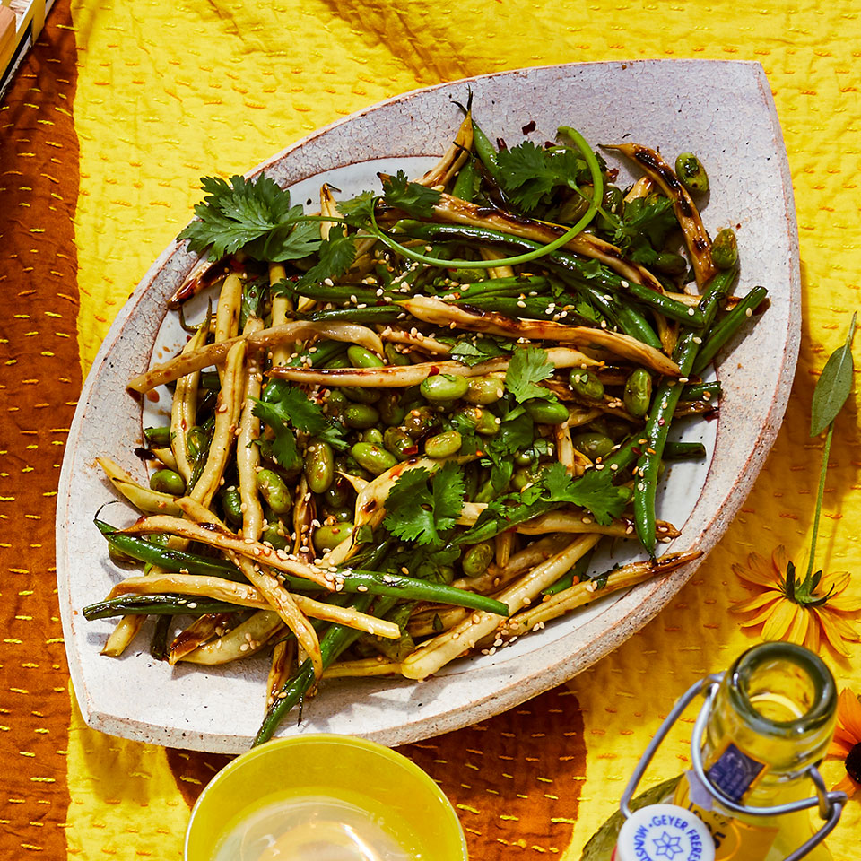 Haricots verts are thinner than regular green beans, but you can use any bean with an edible pod (ask the vendor at your local farmers' market) in their place in this easy side dish recipe.