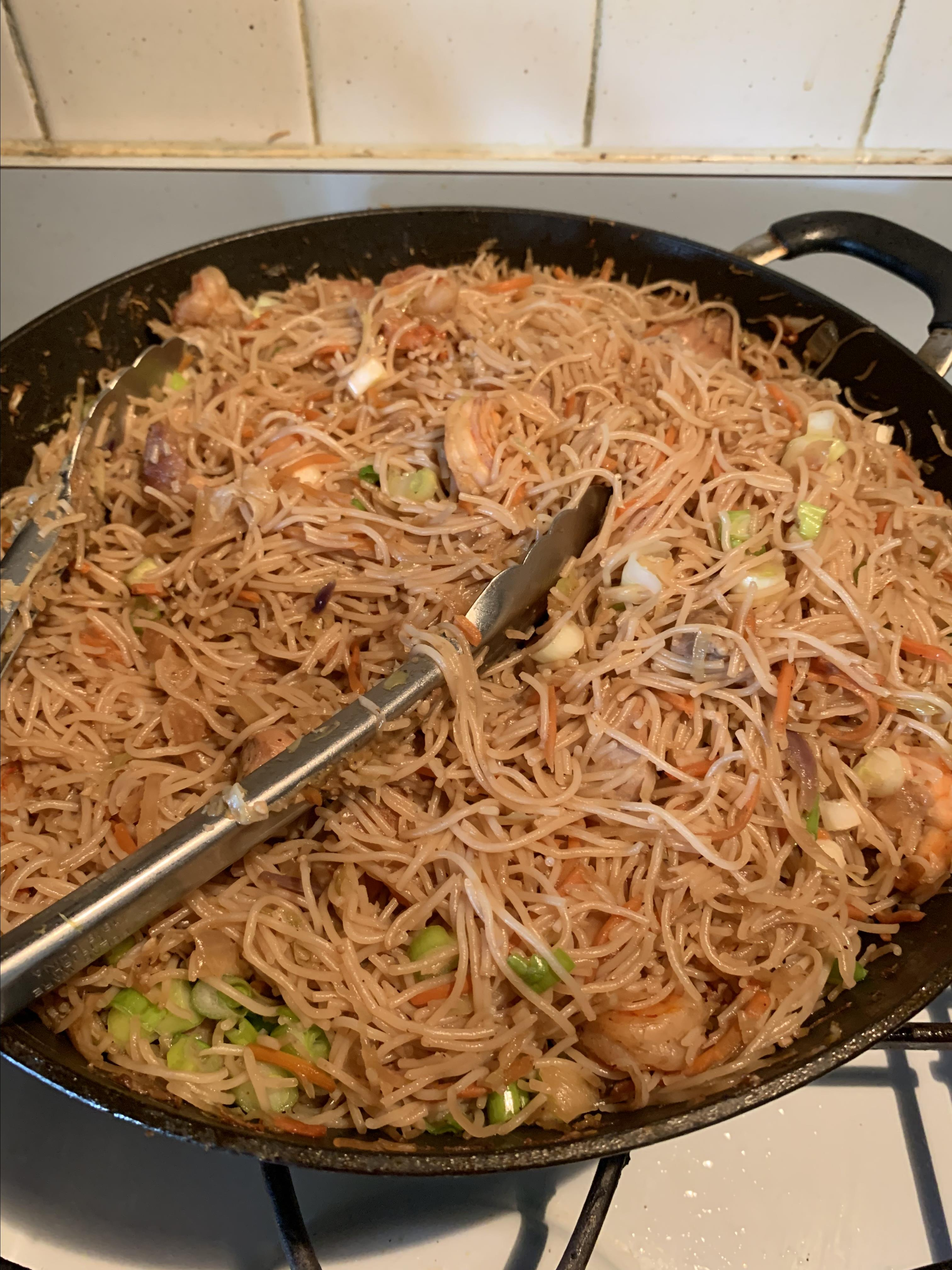 Quick and Easy Pancit Yvette Cole