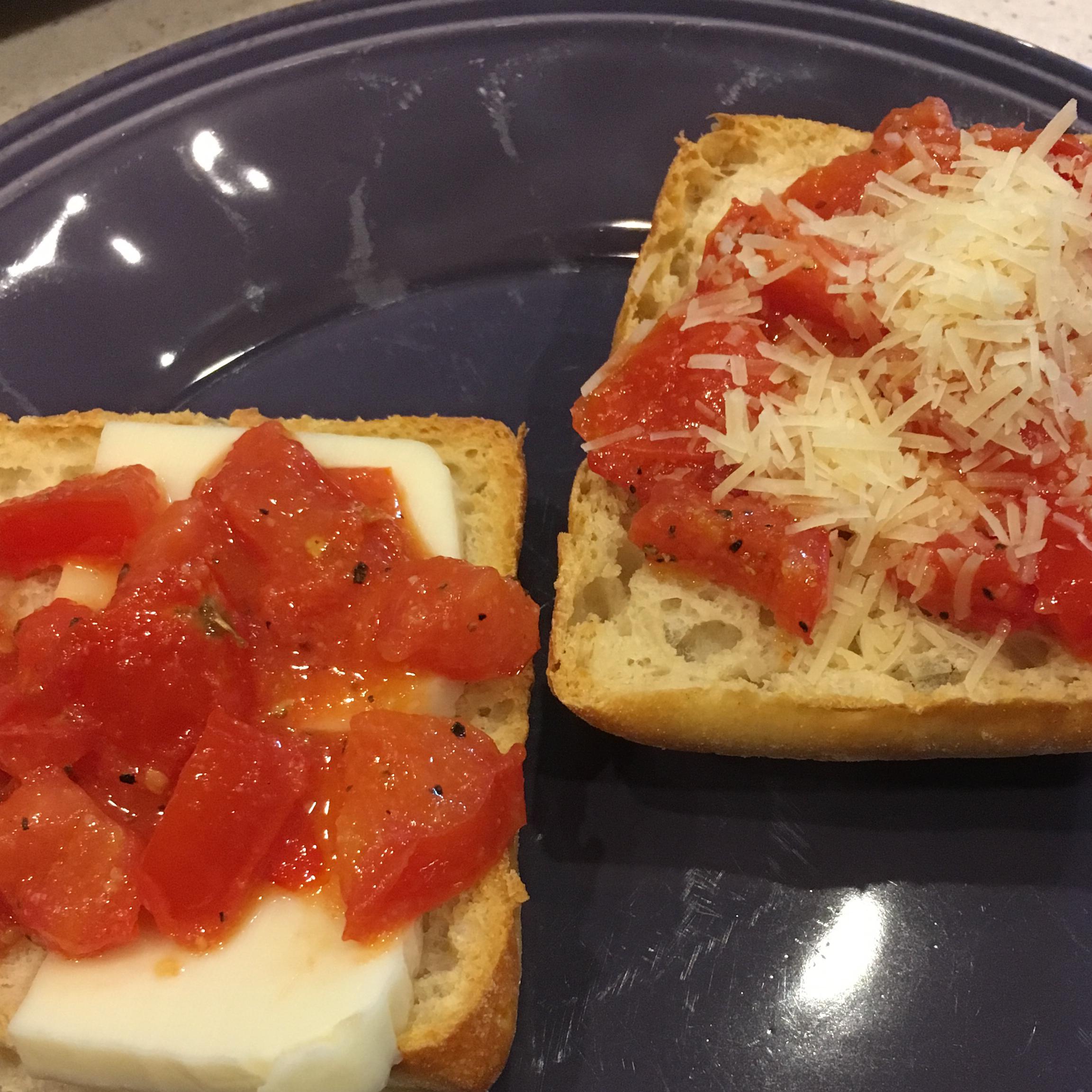 Tomato-Garlic Bread