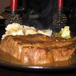 Lover's Beef Burgundy Filet Em