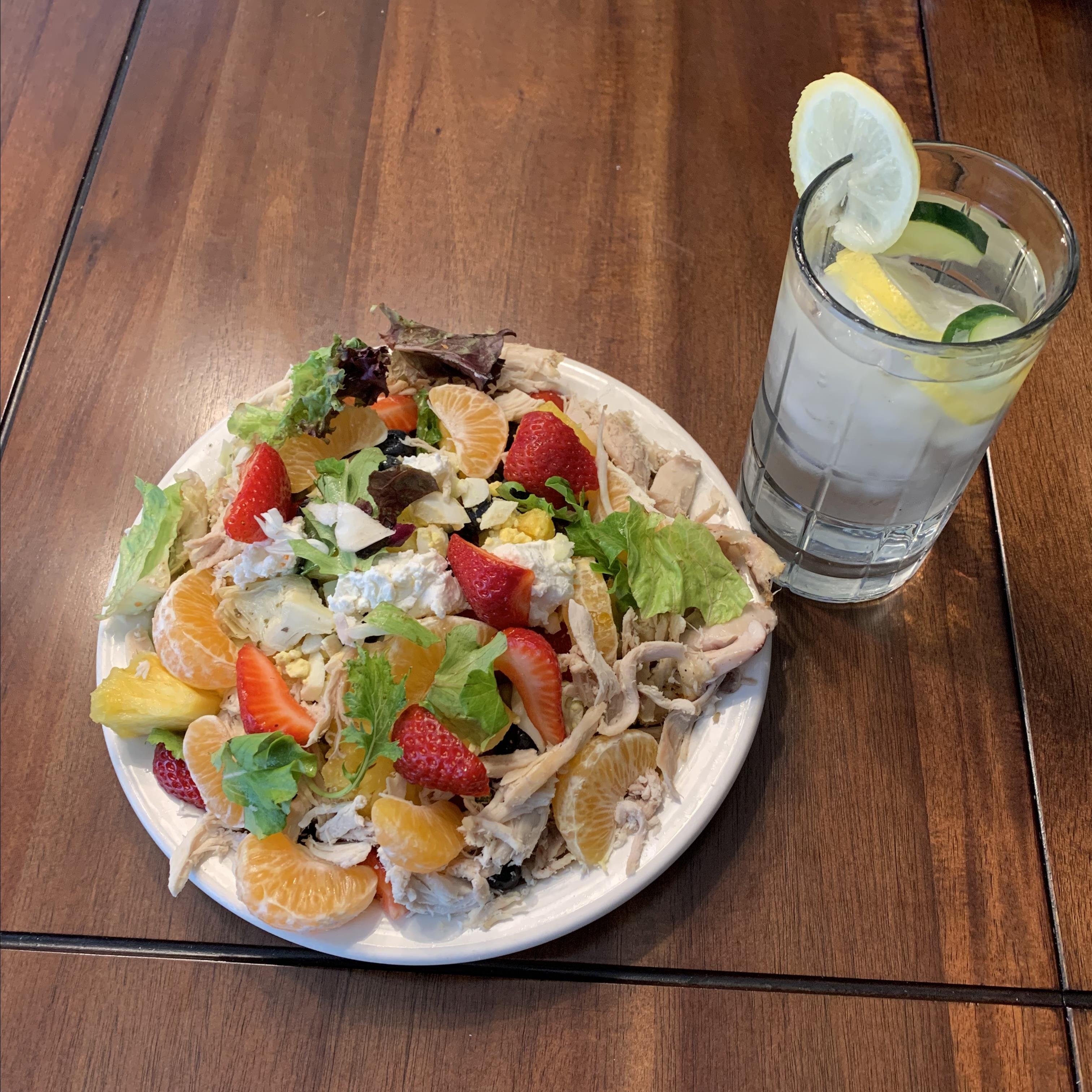 Grilled Chicken Salad with Seasonal Fruit bmh09