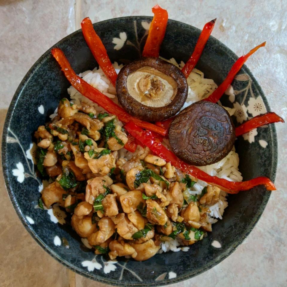 Spicy Thai Basil Chicken (Pad Krapow Gai) Ed3366