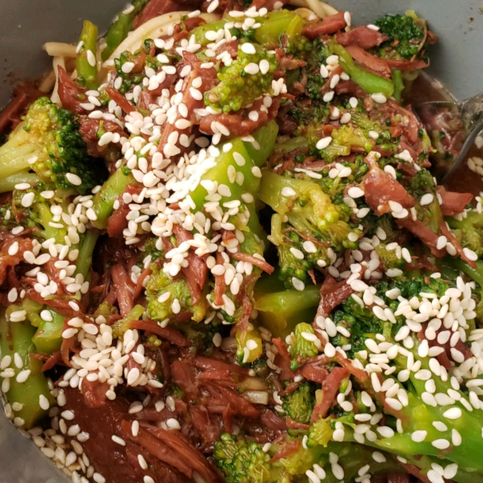 Slow Cooker Broccoli Beef Lorraine Tarango