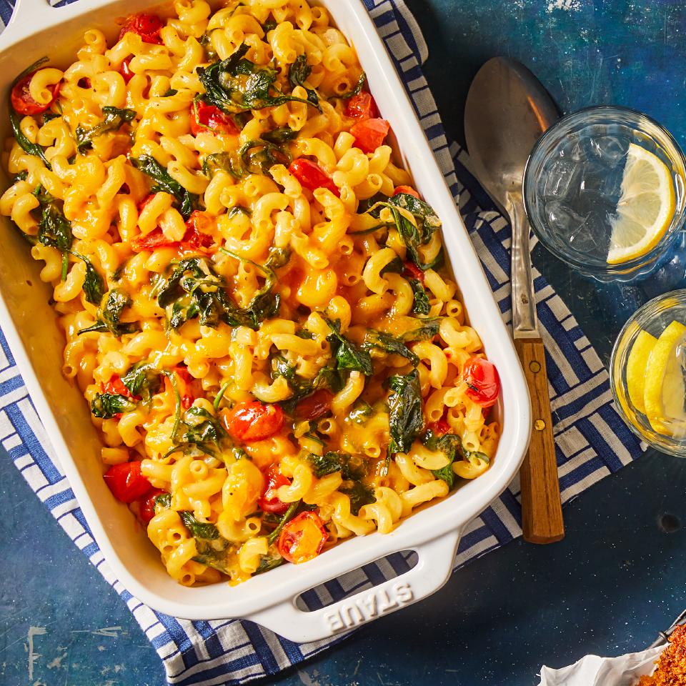 Spinach-Tomato Macaroni & Cheese Andrea Kirkland M.S., RD
