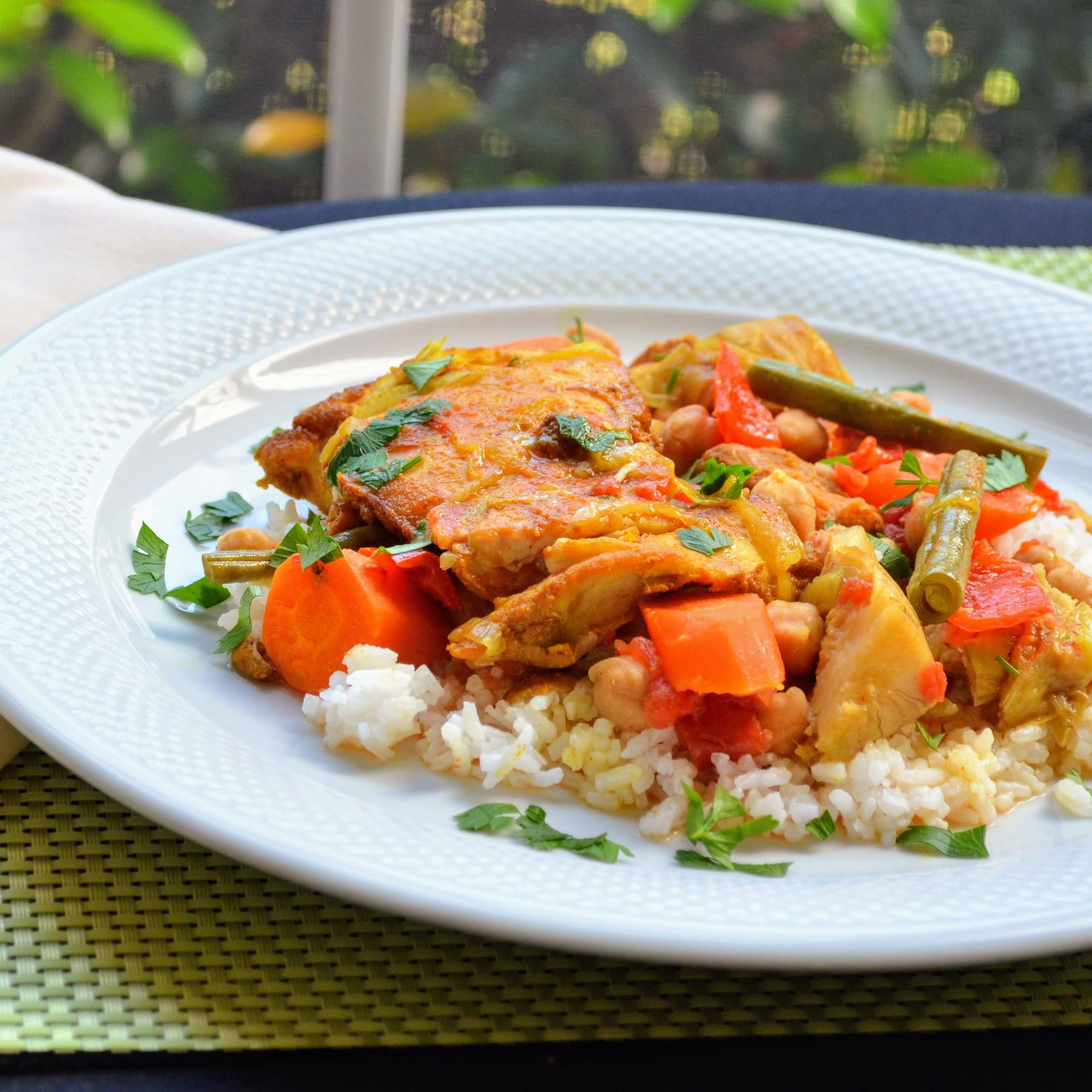 Slow Cooker Mediterranean Chicken and Vegetables