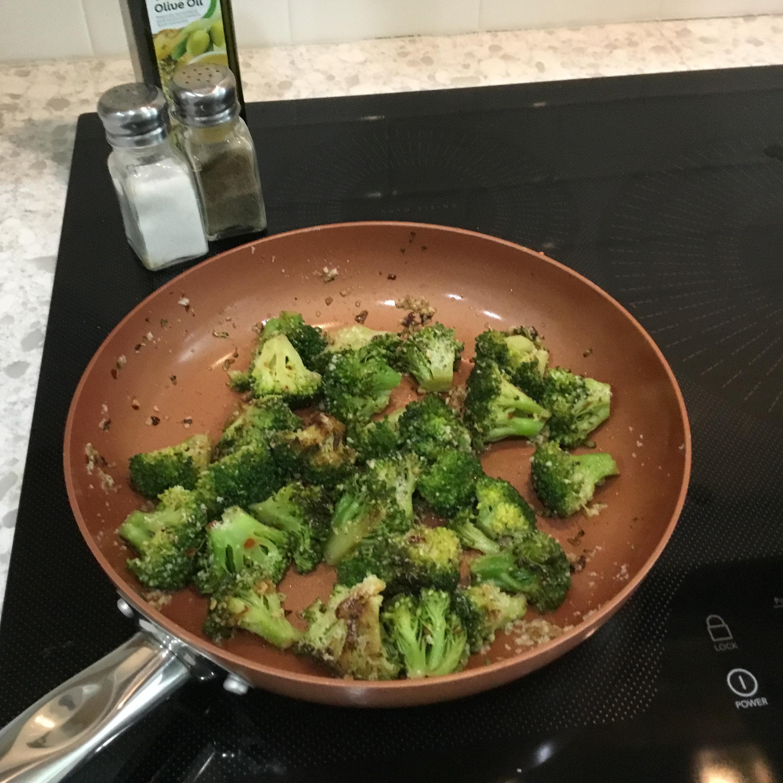 Brilliant Sauteed Broccoli she K