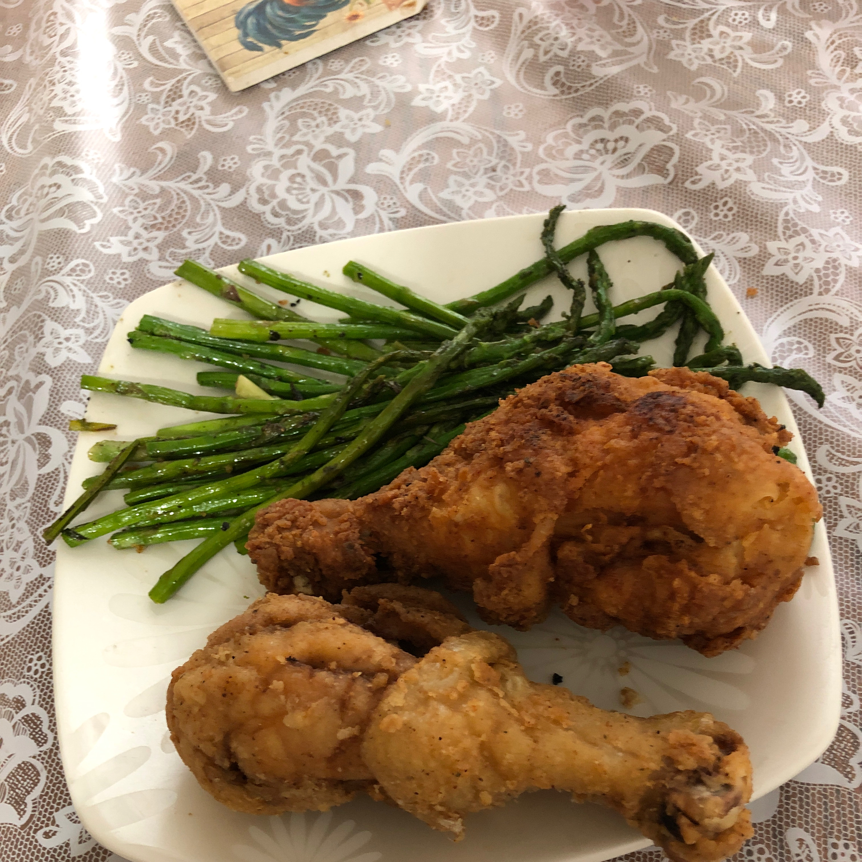 Millie Pasquinelli's Fried Chicken yumyumyum