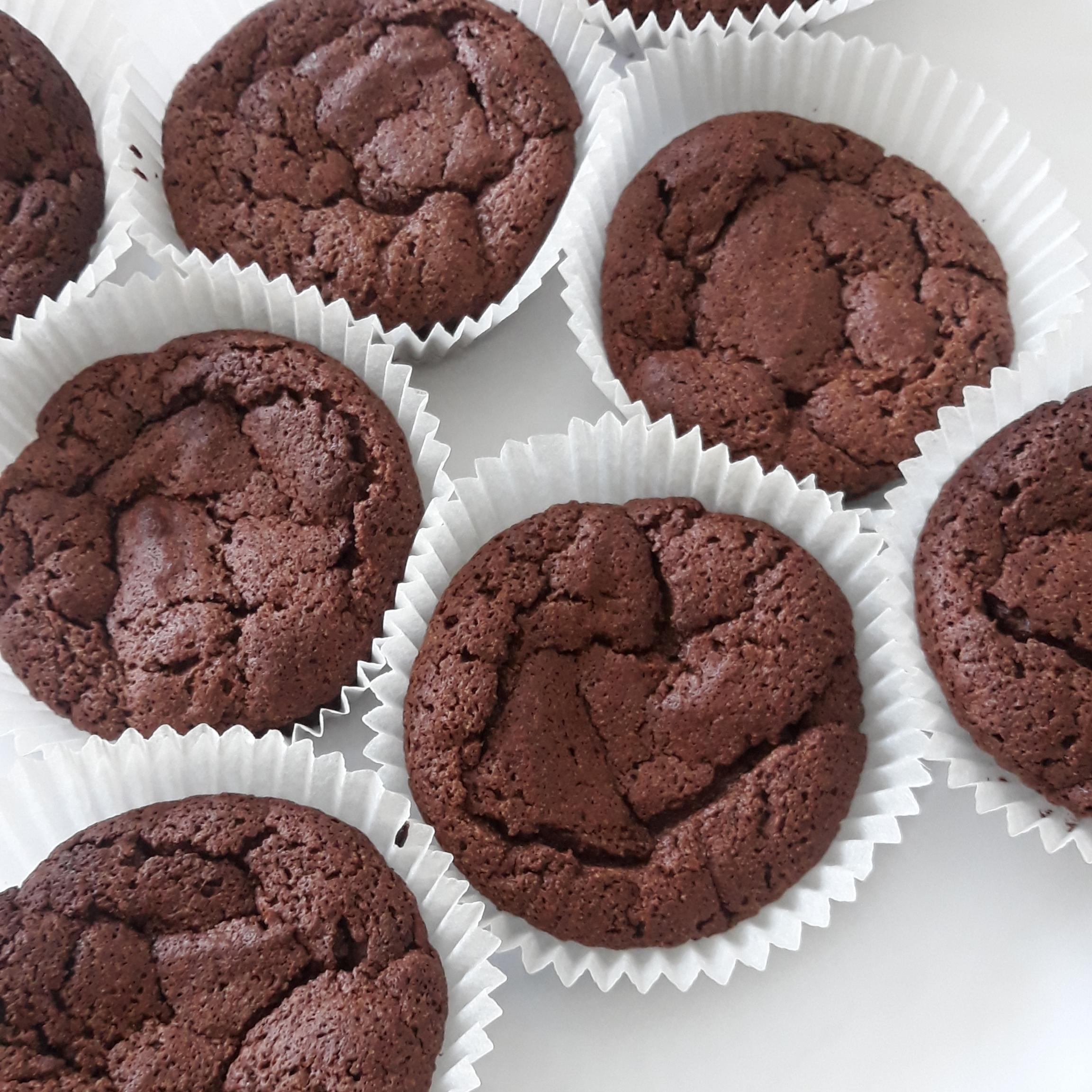 Fallen Chocolate Souffle Mini Cakes