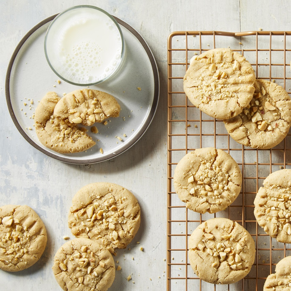 These easy peanut butter cookies will satisfy your sweet and savory cravings. Make a batch the next time you want a healthy dessert the whole family will love.