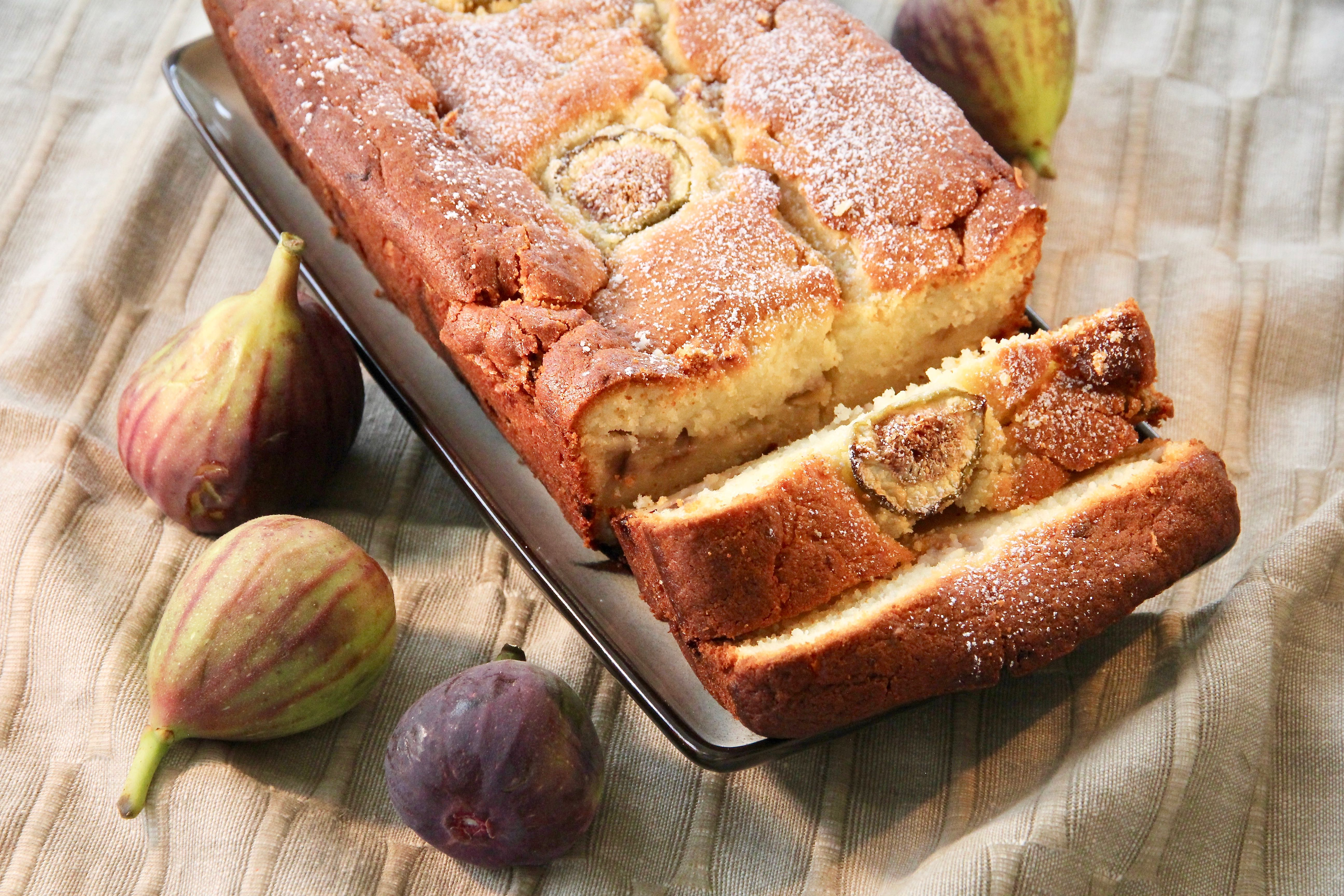 Fig-Ricotta Cake