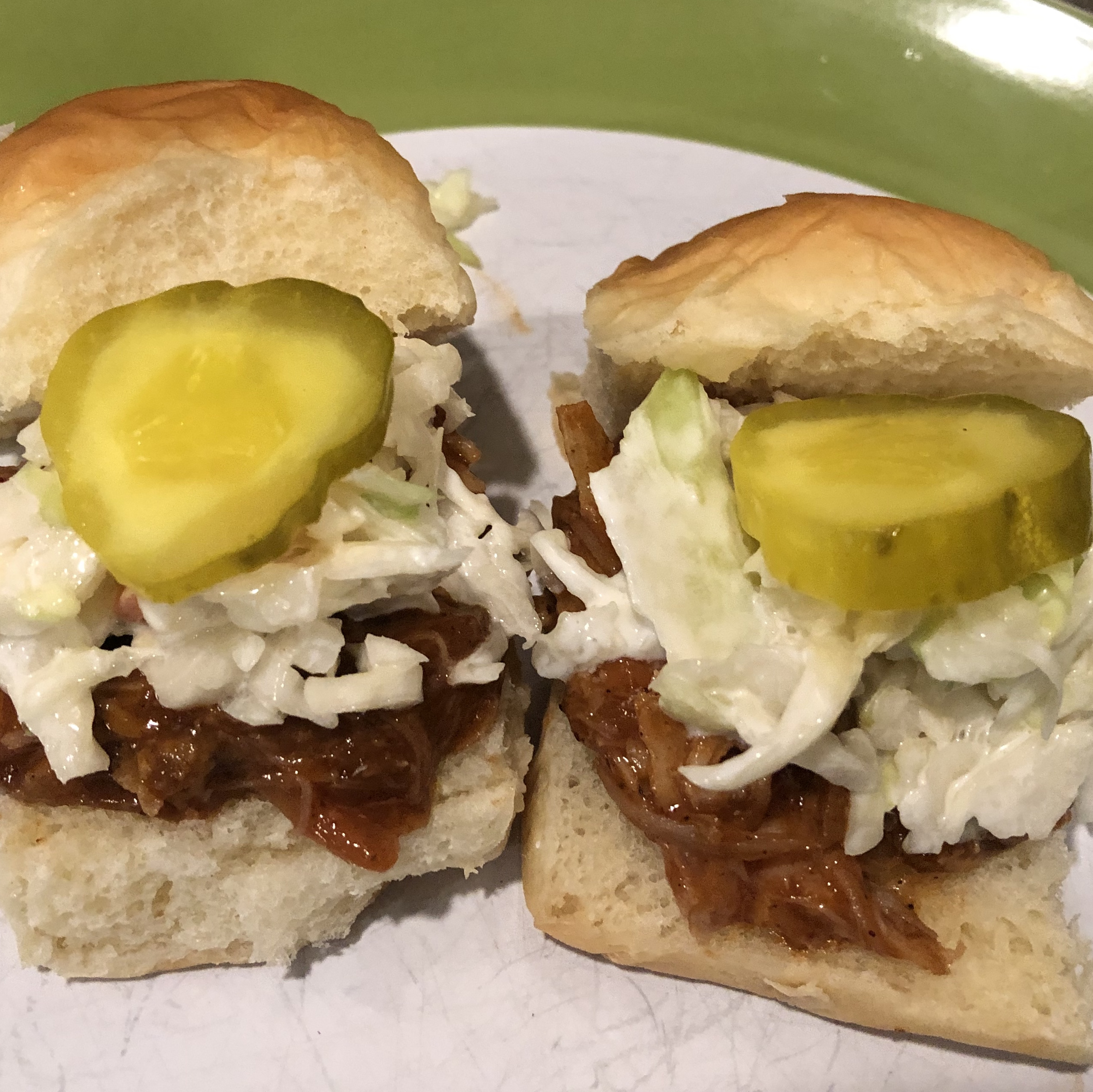 Sister Schubert S Barbecue Pulled Pork Or Chicken Mini Sliders