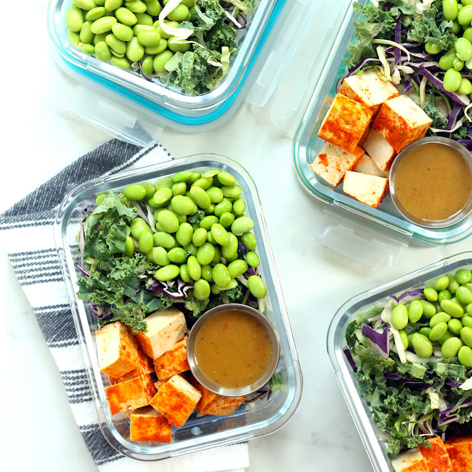 Thai-Style Chopped Salad with Sriracha Tofu Carolyn A. Hodges, R.D.