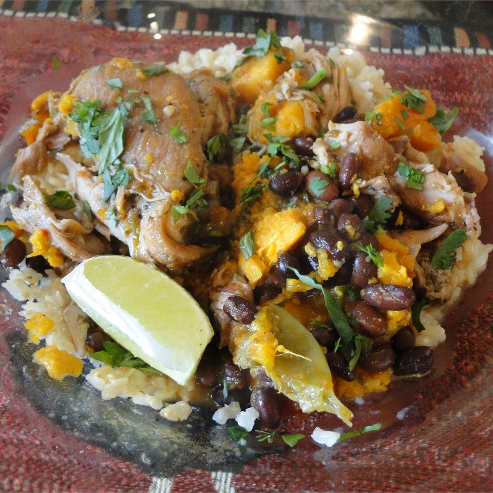 Slow Cooker Latin Chicken Paula