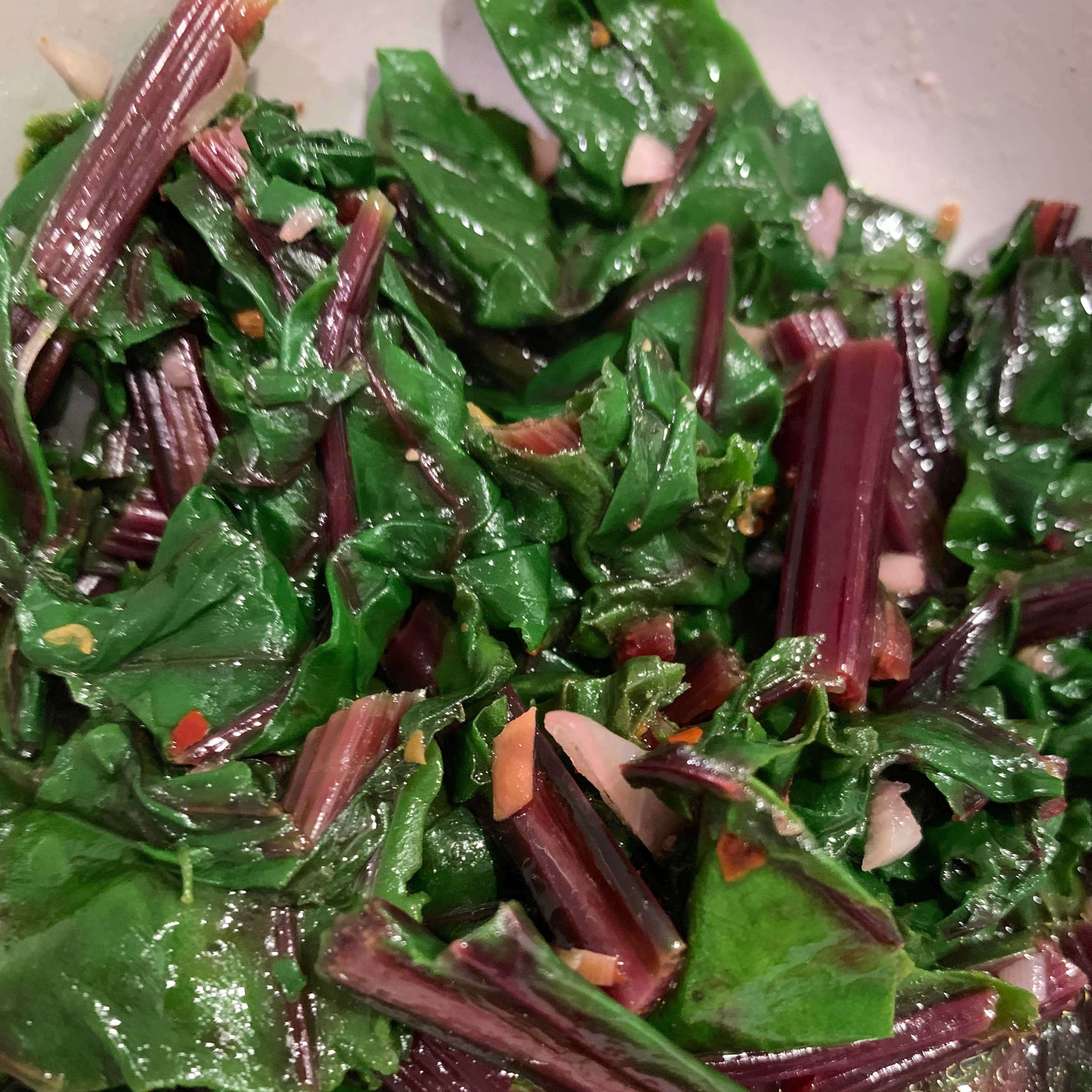 Simple and Delicious Beet Greens_image