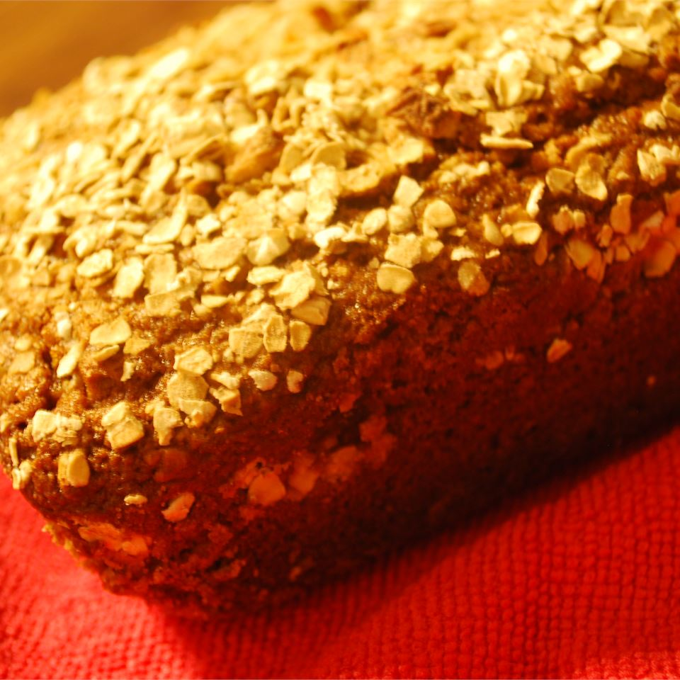 Apple Cinnamon Oatmeal Bread