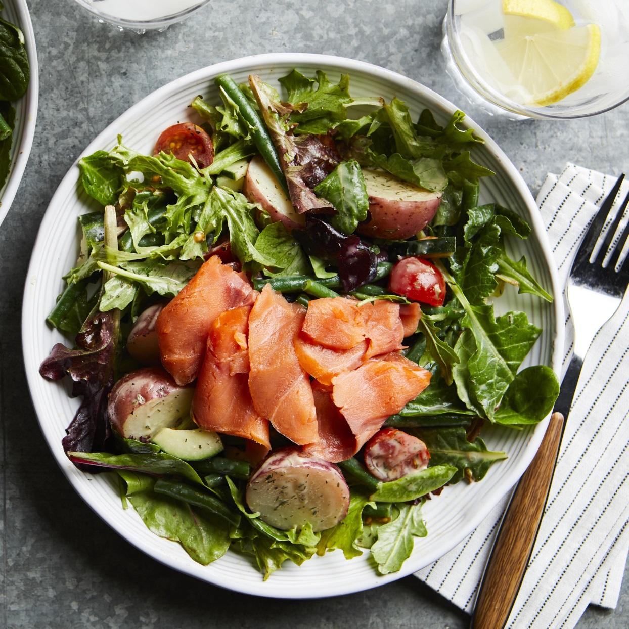 Smoked Salmon Salad Nicoise Recipe Eatingwell