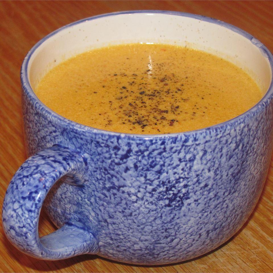 Cheesy Veggie Soup