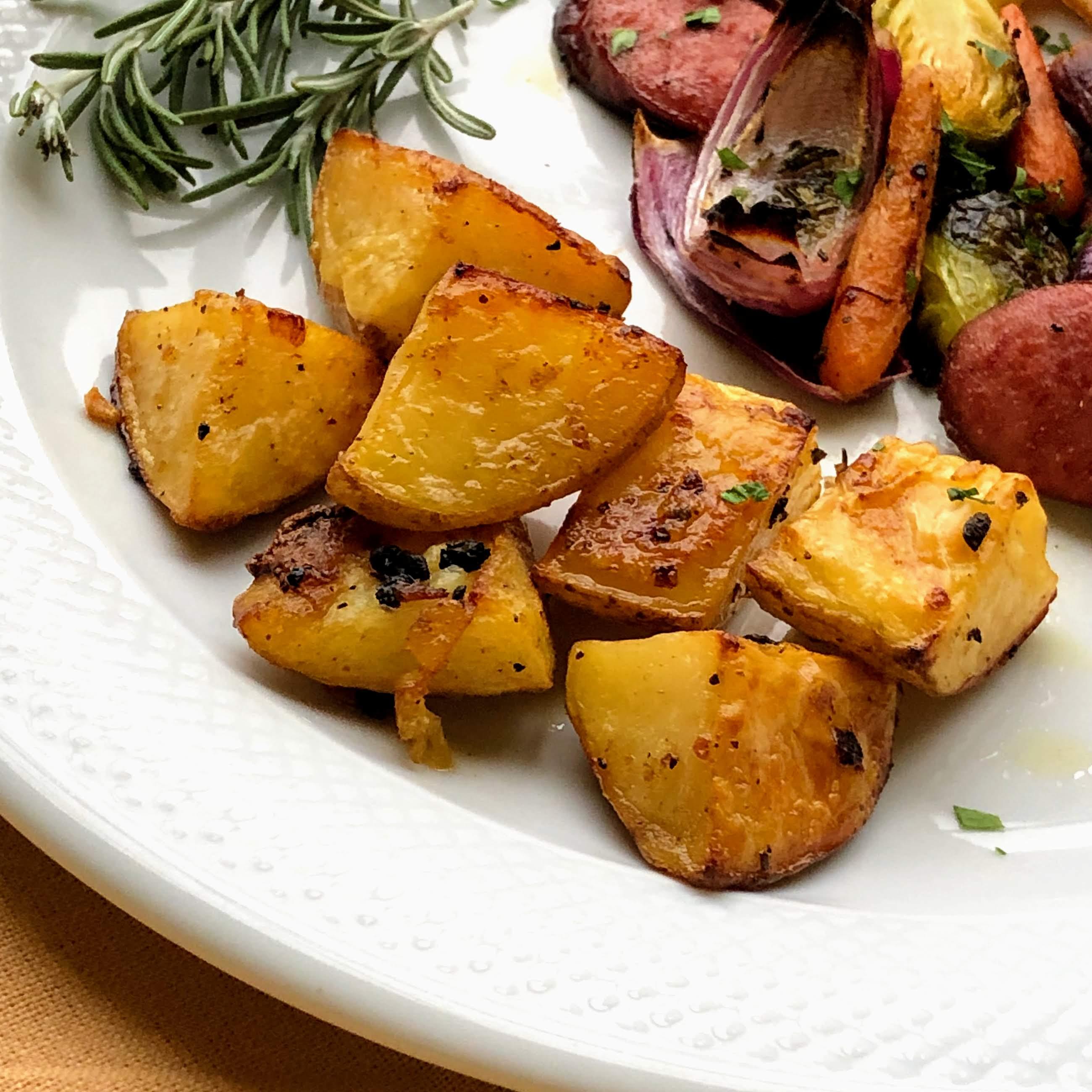 Roasted Lemon-Garlic Potatoes image