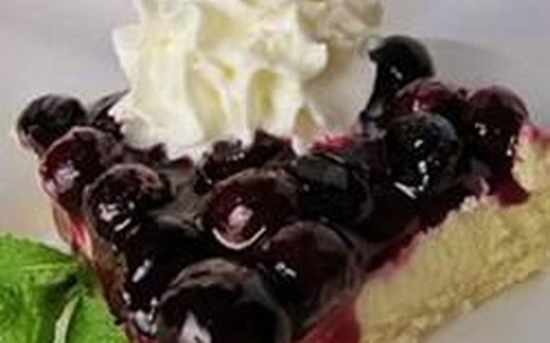 Blueberry Shortbread Cheesecake