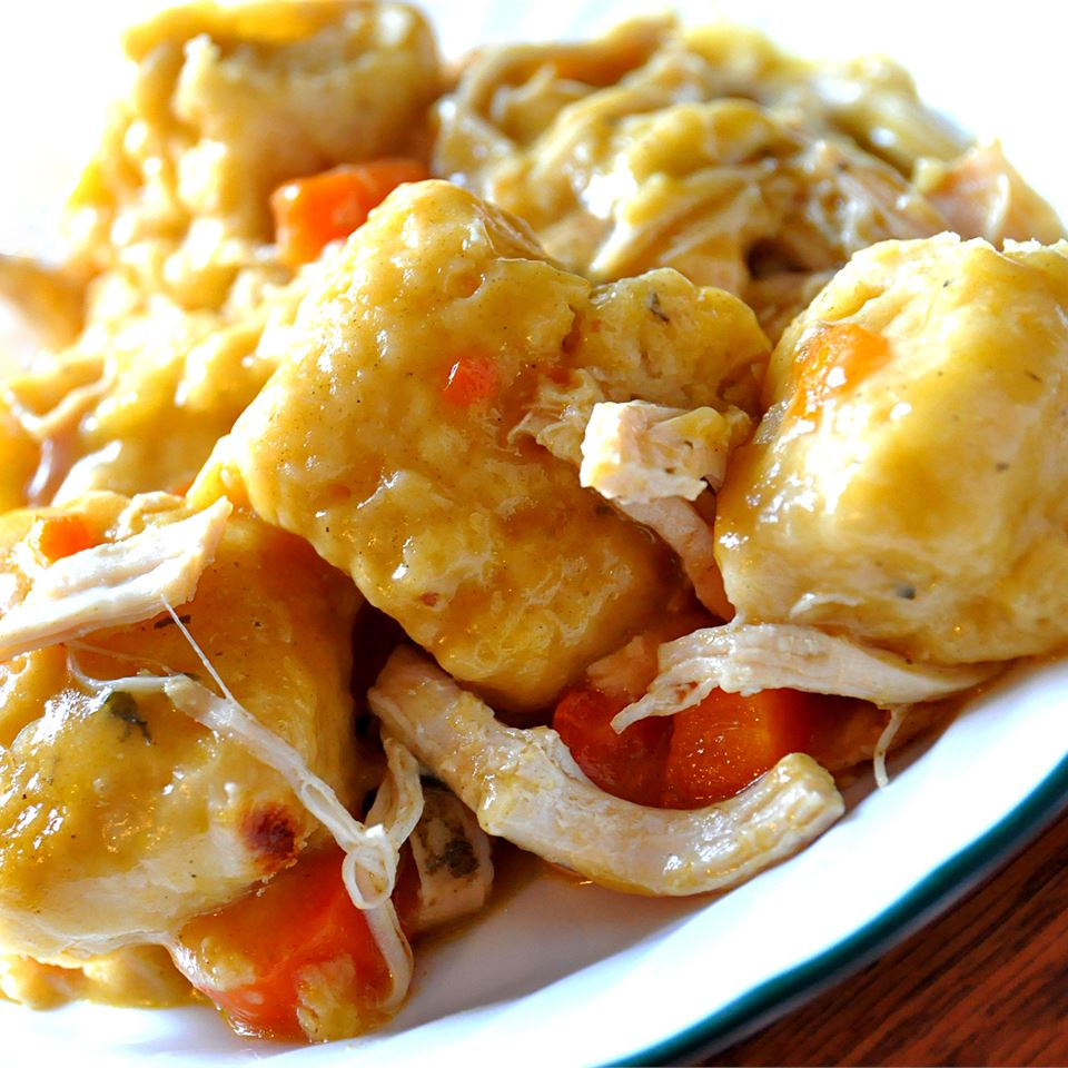 Slow Cooker Chicken and Dumplings KGora