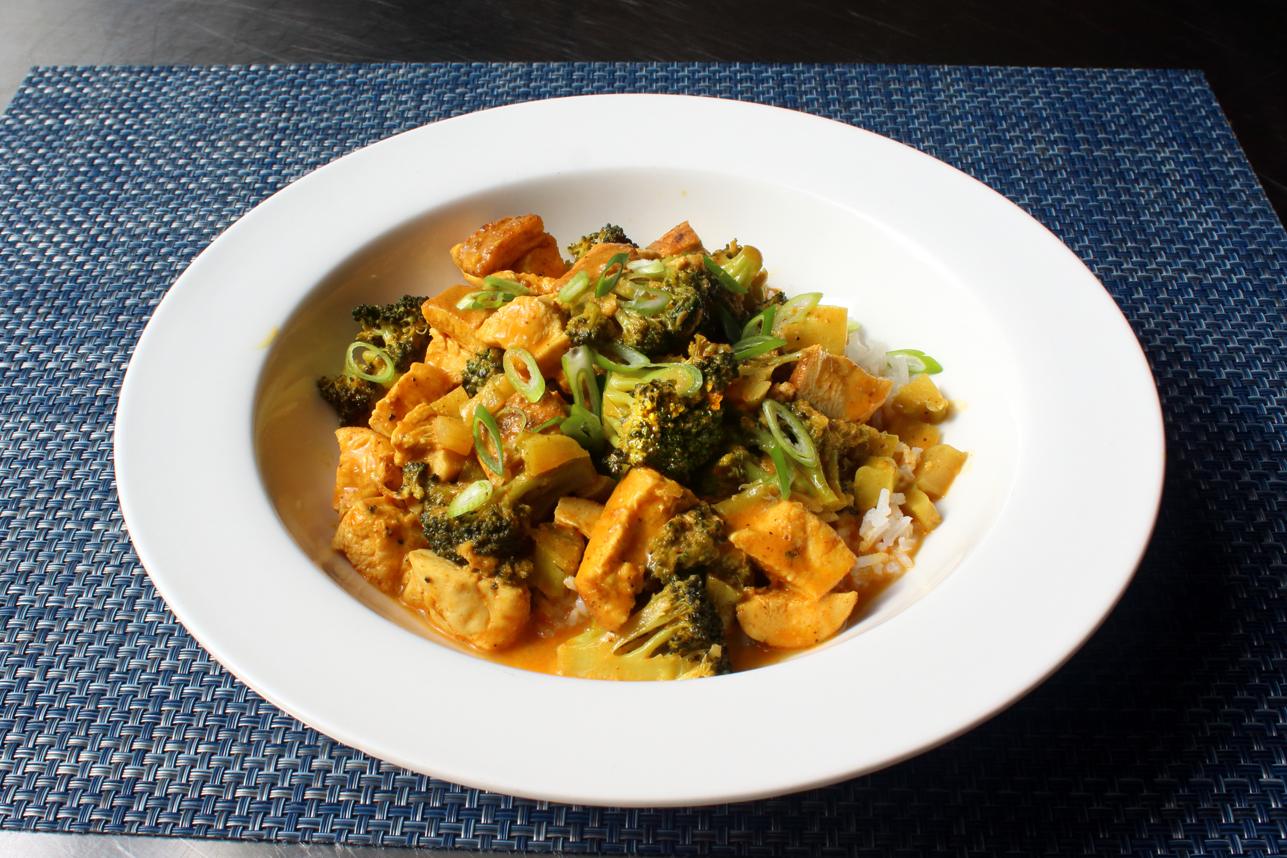 Chicken and Broccoli Curry image