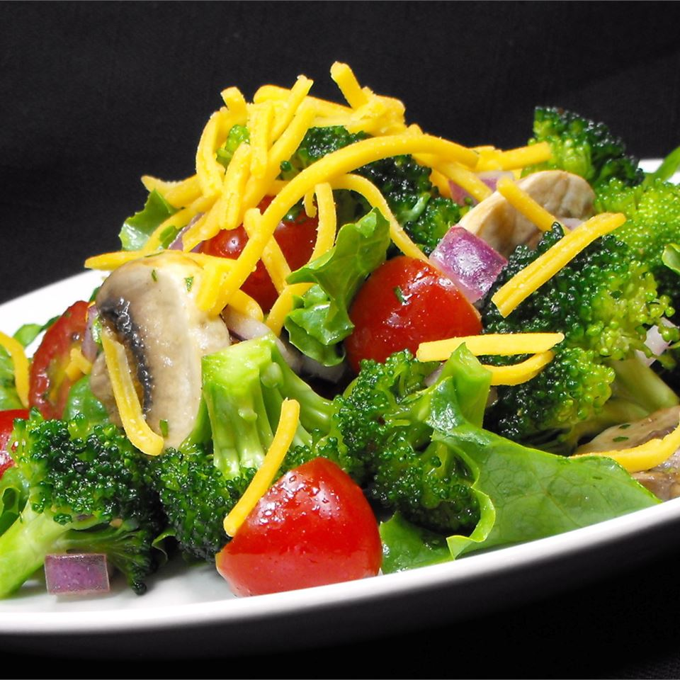 Broccoli Salad with Margarita Dressing bellepepper