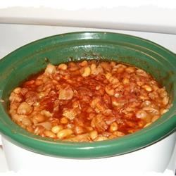 Slow Cooker Baked Beans with Ham Hock