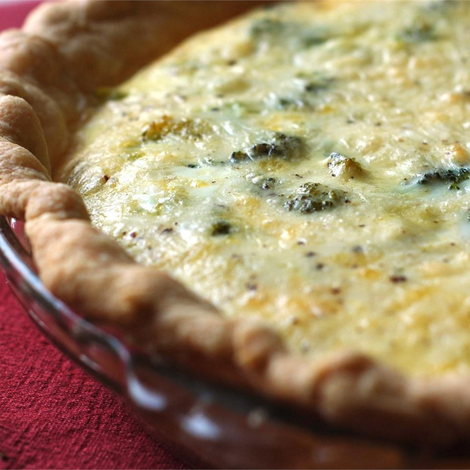 Easy Broccoli Quiche sal