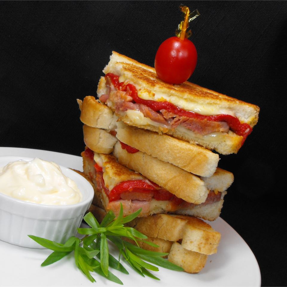 Grilled Roasted Red Pepper and Ham Sandwich bellepepper