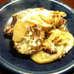 Blue Cheese Fried Potatoes lovestohost