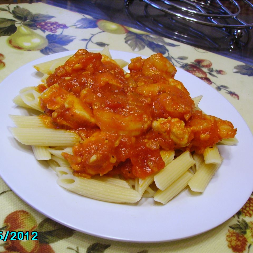 Penne with Chili, Chicken, and Prawns LOVELYLIV