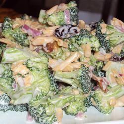 Sweet and Tangy Broccoli Salad Happyschmoopies