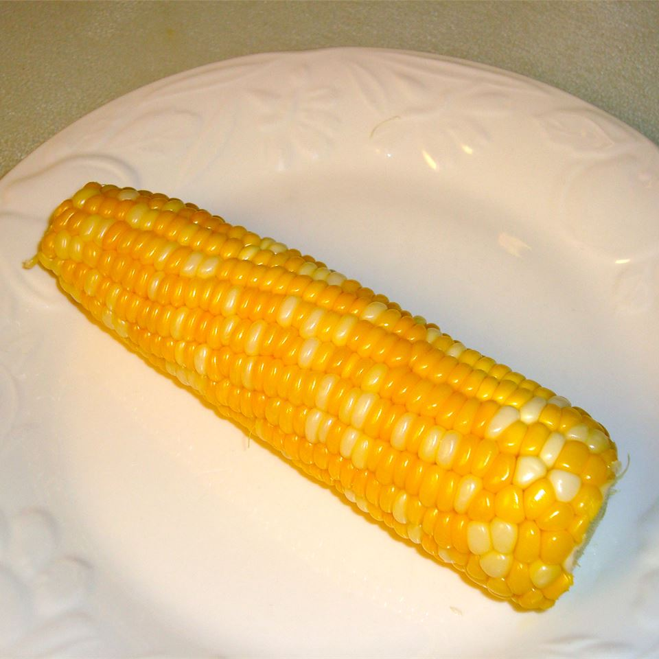 Corn On The Cob (Easy Cleaning and Shucking) Paula